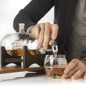 barell whisky schiff